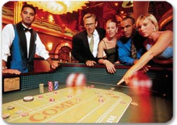 http://media.royalcaribbean.es/content/es_SA/images/misc/web_page/hero/couples_casino_271.jpg