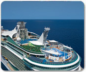 http://media.royalcaribbean.es/content/es_SA/images/port/ports/hero/Liberty_aereal2_2.jpg
