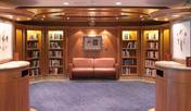 Biblioteca y salón de juegos de cartas